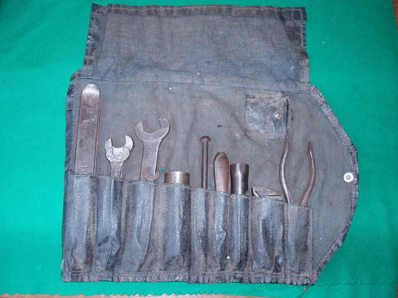 VINTAGE 1930'S AUSTIN 7 / SEVEN TOOLKIT IN ORIGINAL ROLL - Click Image to Close